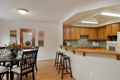 Dining Area with Breakfast Bar - 3705 Terstena Pl.