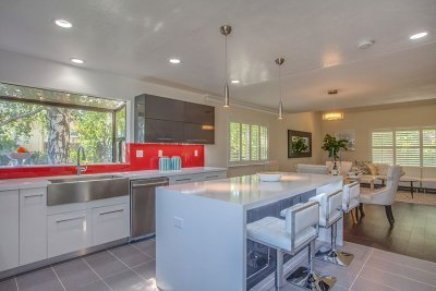 Kitchen Opens To Great Room - 3593 Sunnygate Ct