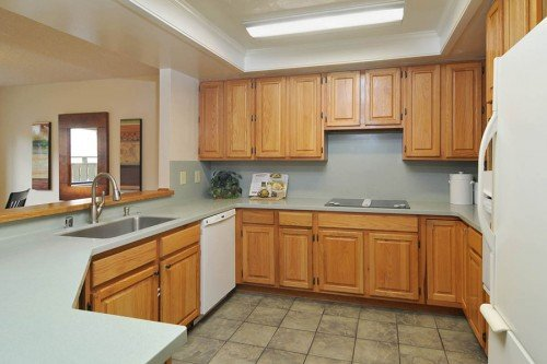 Spacious Chef's Kitchen - 3705 Terstena Pl.