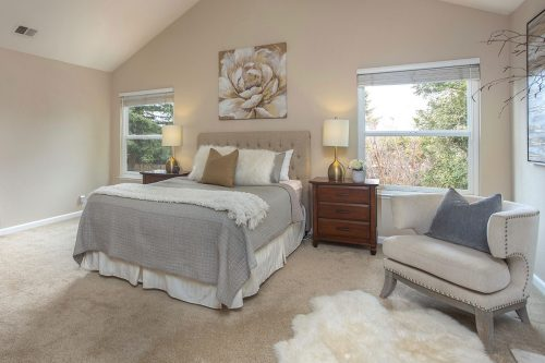 Master Bedroom - 360 Apricot Ln