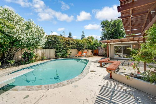1233 Windimer Dr Los Altos