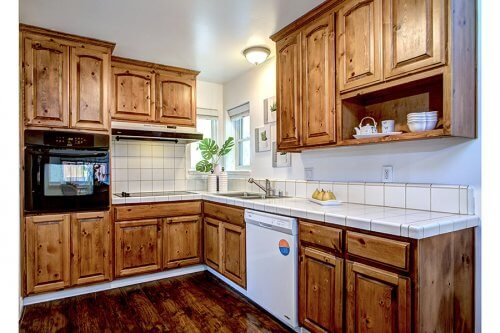 Kitchen - 941 Kennard Way
