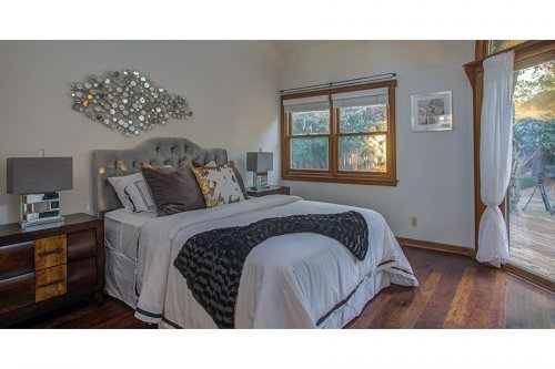 Master Bedroom - 472 S Shoreline Blvd