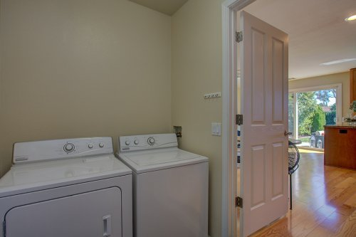 Laundry Room - 98 Park Sharon Drive