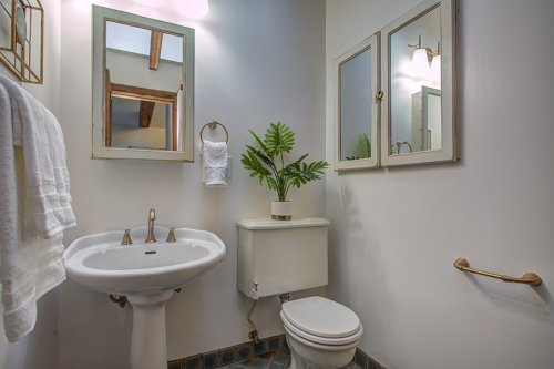 Master Bathroom - 472 S Shoreline Blvd