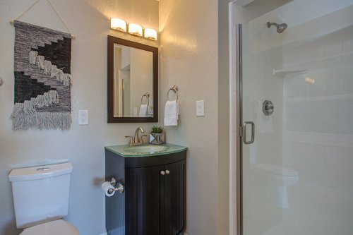 Full Bathroom 3 - 1847 Juarez Ave