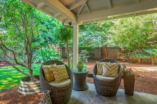 941 Highlands Circle Los Altos